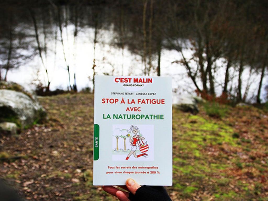 vanessa-lopez-blog-stop-a-la-fatigue-avec-la-naturopathie-livre-couverture