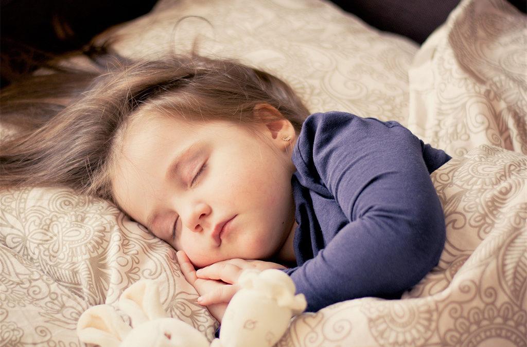 Sommeil et naturopathie : tous les conseils essentiels pour bien dormir